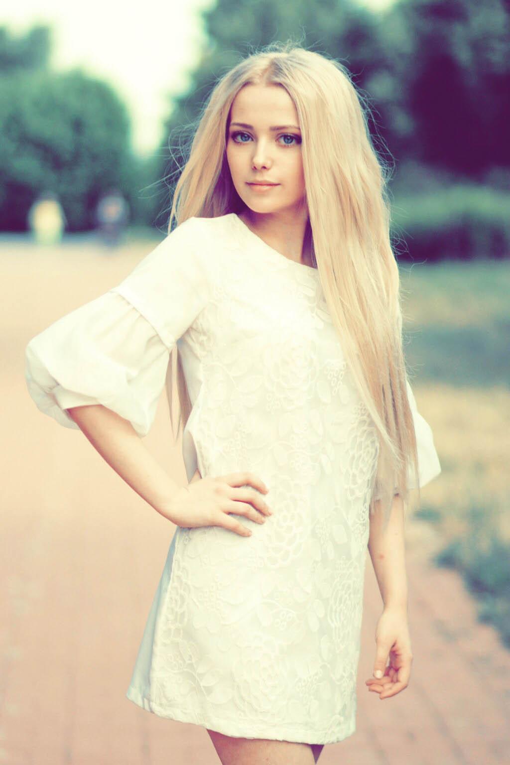Яркие девушки фото