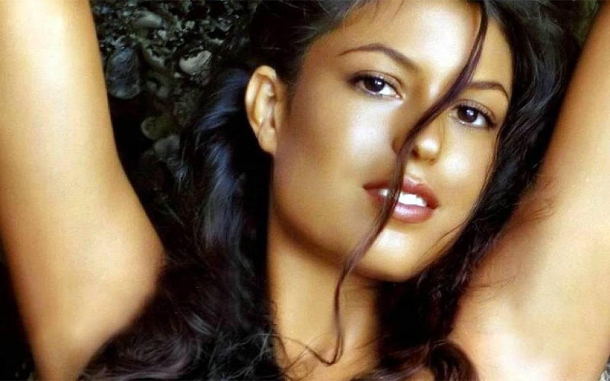 Sanya порнозвезда